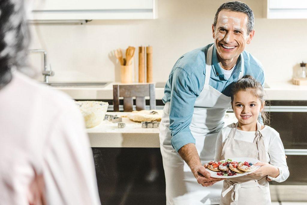 Масленица, зять, папа на кухне, муж на кухне, тёщины вечёрки