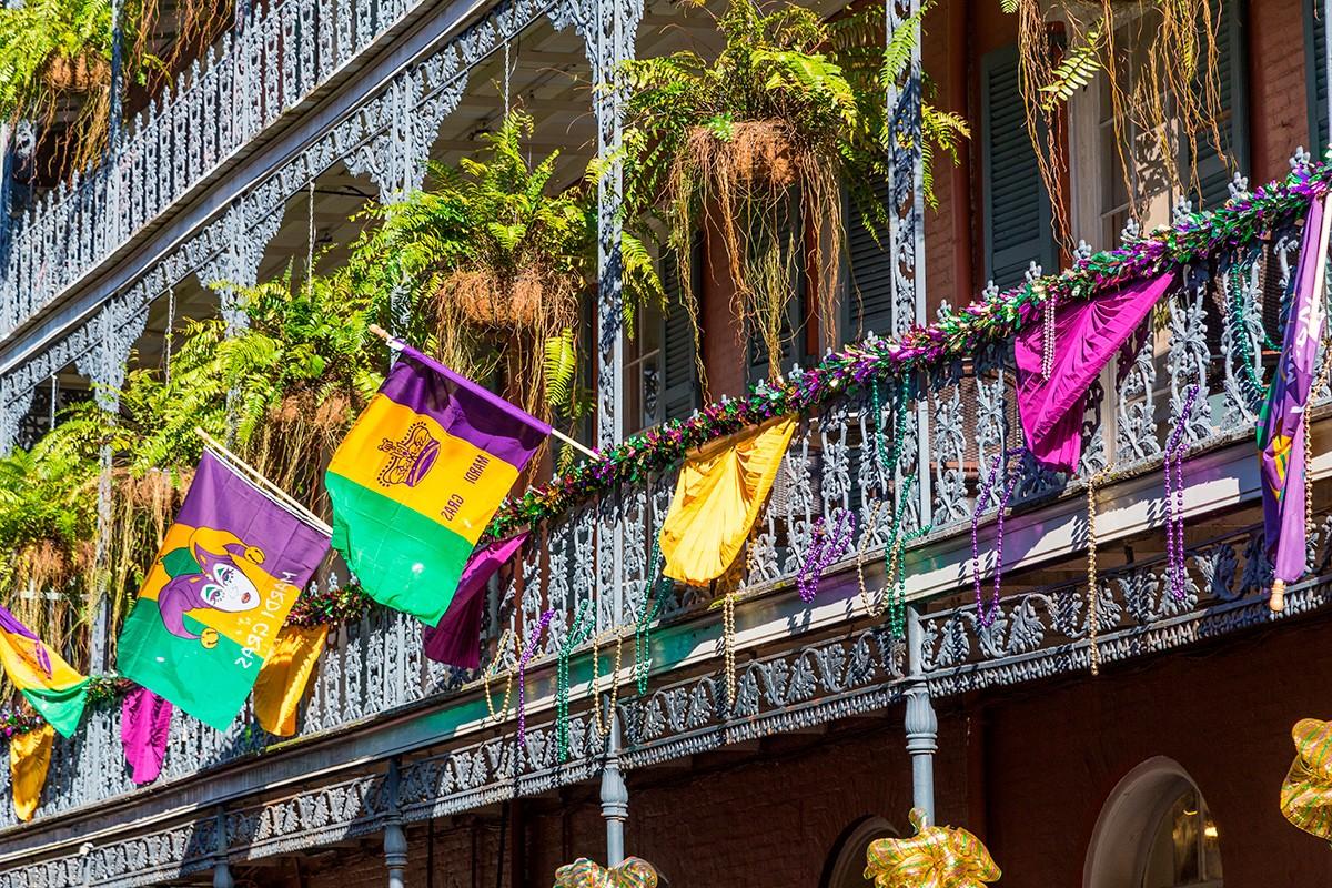 Марди Гра, Новый Орлеан, карнавал, джаз, флаги
