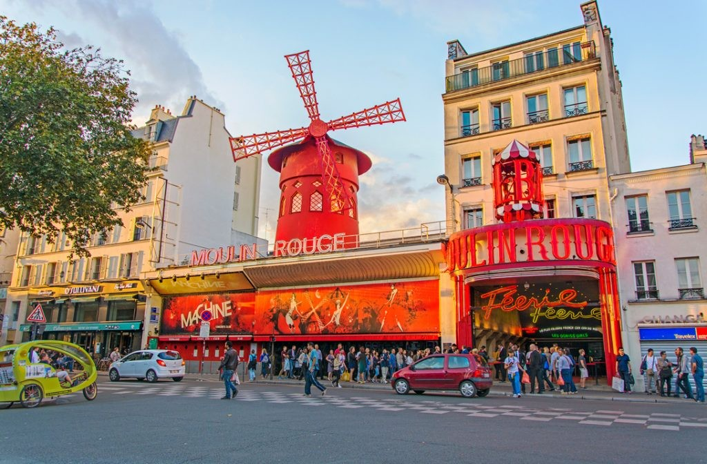 кабаре «Мулен Руж», Париж, путешествие