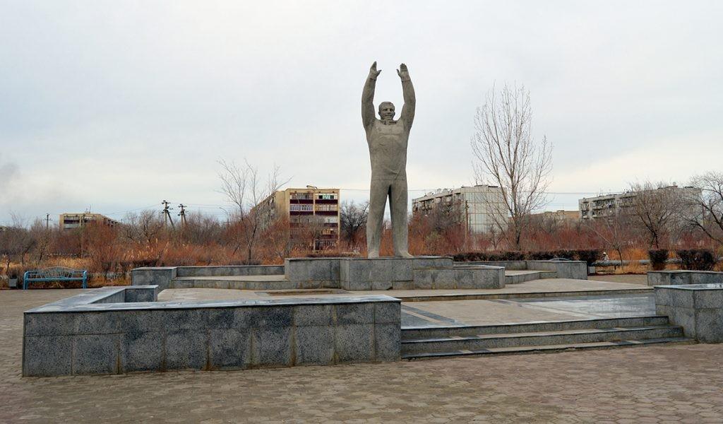 Байконур, памятник Гагарину