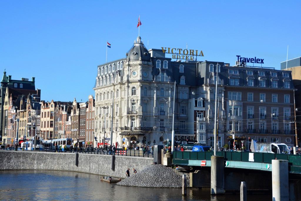 Амстердам, прогулка, отель, достопримечательности