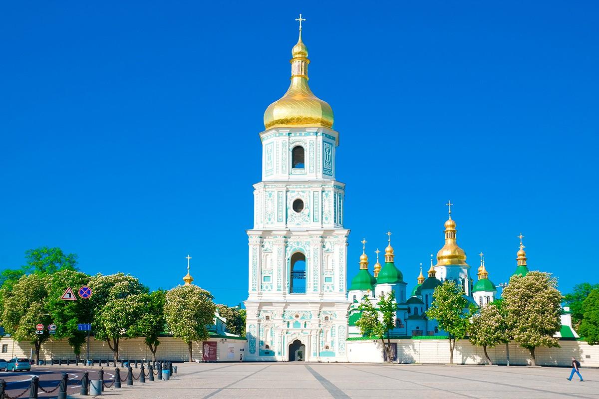 содержание, бонус, рекорды Киева