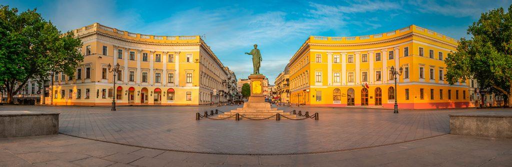 Одесса, памятник, прогулка