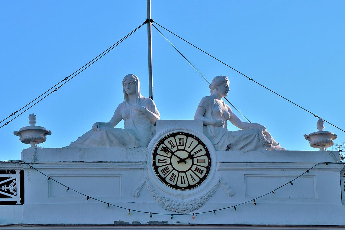 Городская Дума, Одесса, каранты, скульптура