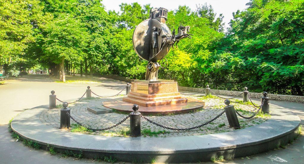 Одесса, памятник апельсину, бульвар Жванецкого