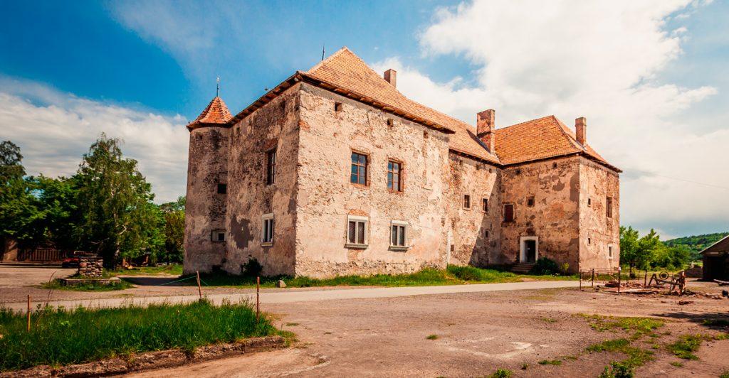 уникальный замок Сент-Миклош, Украина, замок, Чинадаево