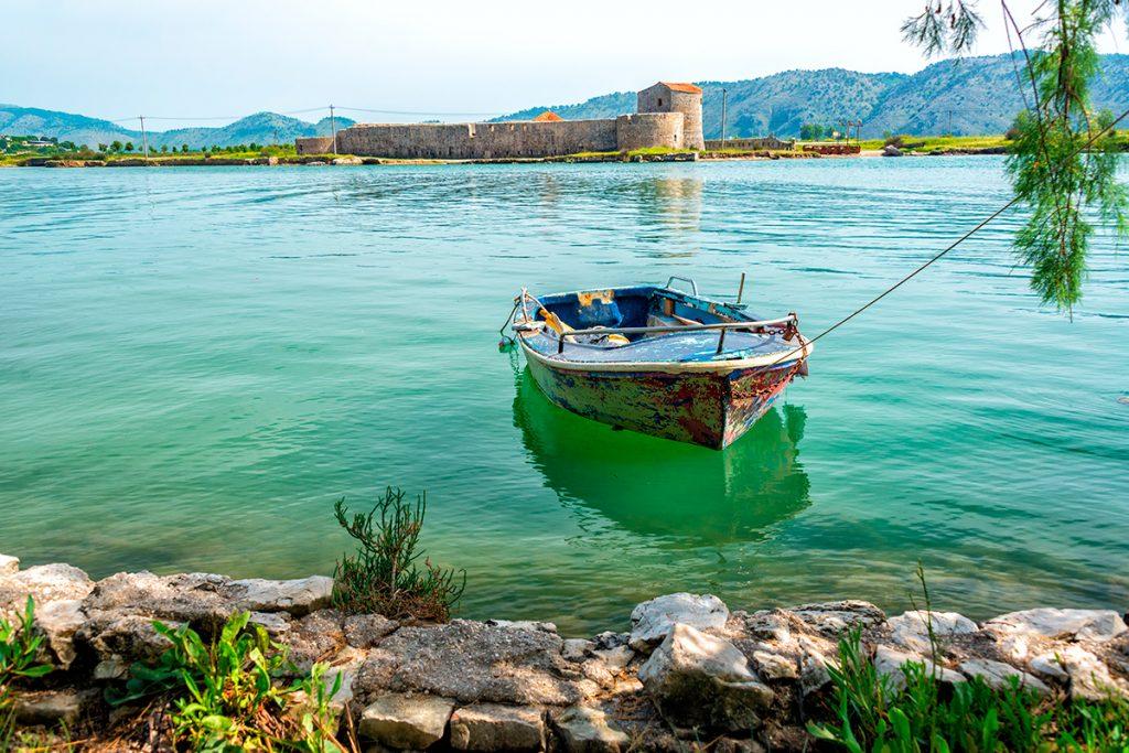 крепость Али Паш Тепелена, Албания, история , путешествие, море, лодка