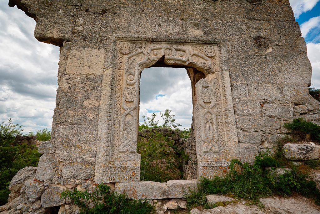 Крым, Украина, Мангуп, скалы, гора, природа, панорама, вид, лето, путешествие, узор, дом