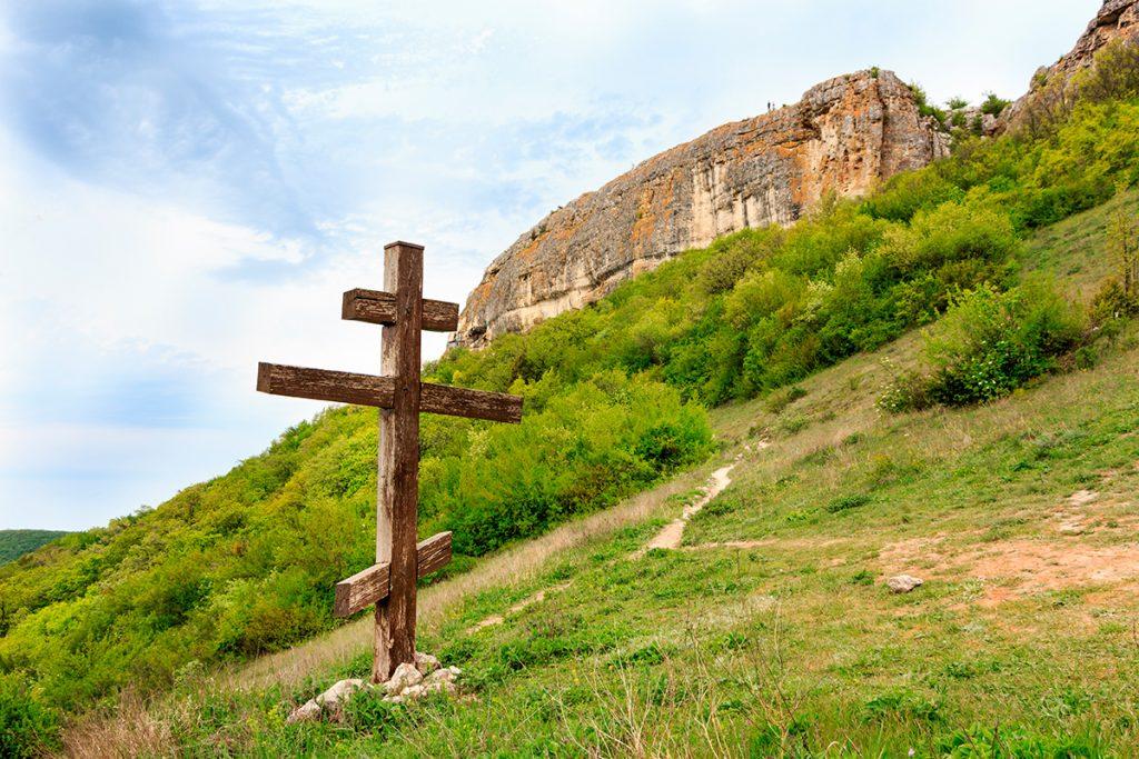 Мангуп, Крым, Украина, горы, крест