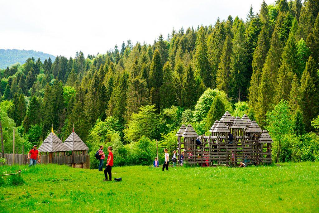 Тустань,история, Украина, красота, Карпаты, горы, путешествие, уникальное место, храм, люди, природа