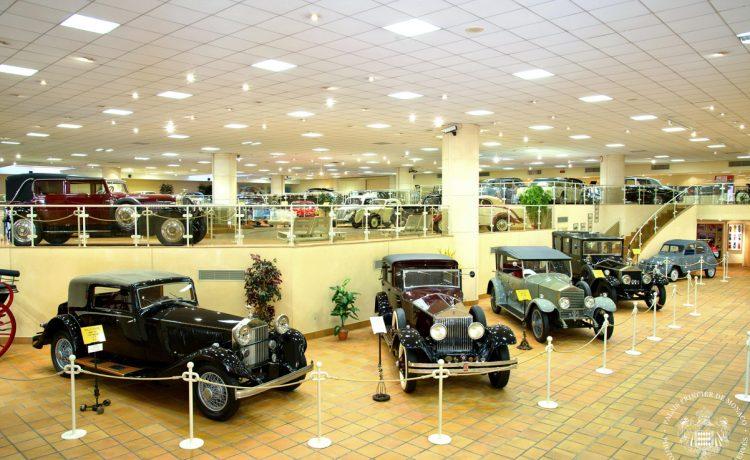 Музей старинных автомобилей в Монако, Монако, дворец Монако, династия Гримальди