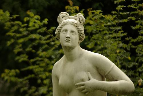 Скульптура в Саду растений в Париже