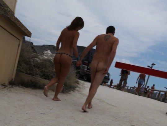Франция, нудисты, нудистский курорт