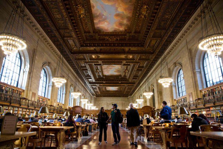 Нью-Йорк США Нью-Йоркская публичная библиотека
