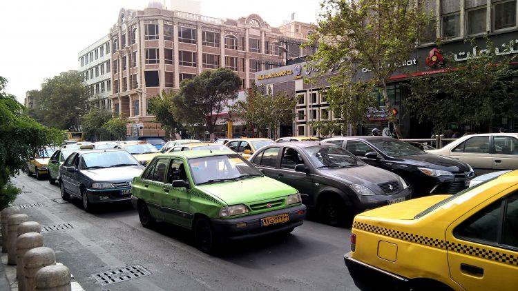 Авто в Иране себе может позволить почти каждая семья
