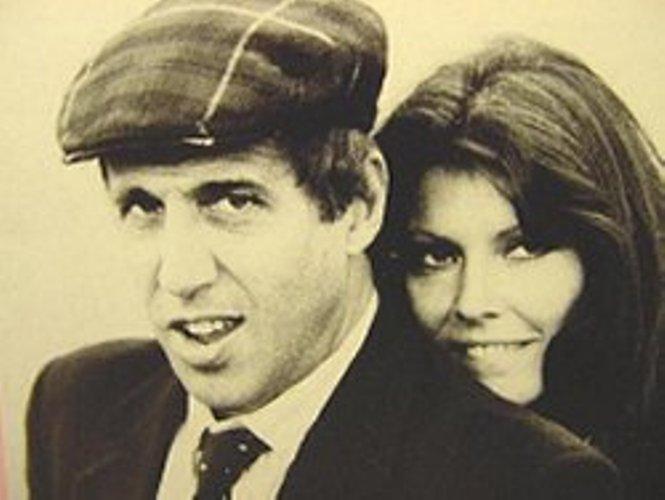 Адриано Челентано с женой Клаудией Мори