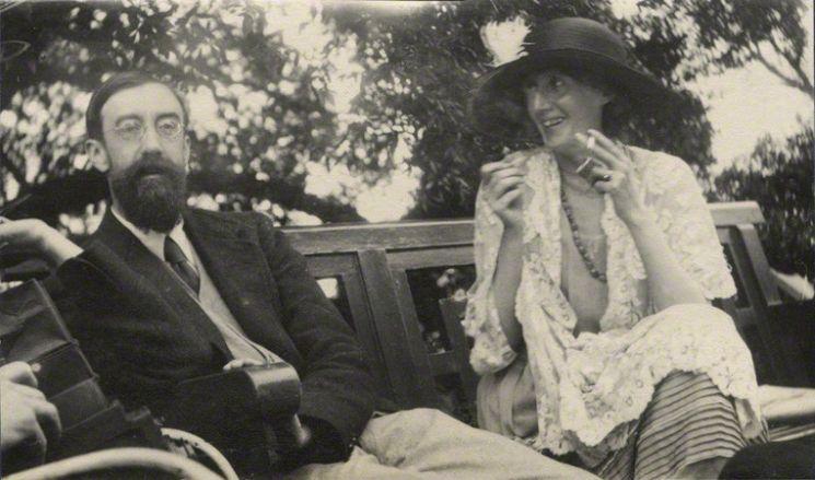 Вирджиния Вулф с другом Литтоном Стрейчи