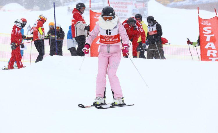 Ольга Сумская, украинские звезды, украинские артисты, лыжи, горы, Яремче