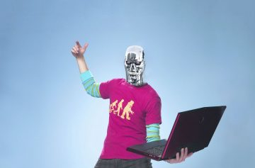 роботы наступают, человек-робот