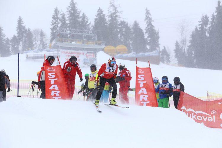 Советы лыжникам Виталий Борисюк лыжи карпаты Буковель горы спорт