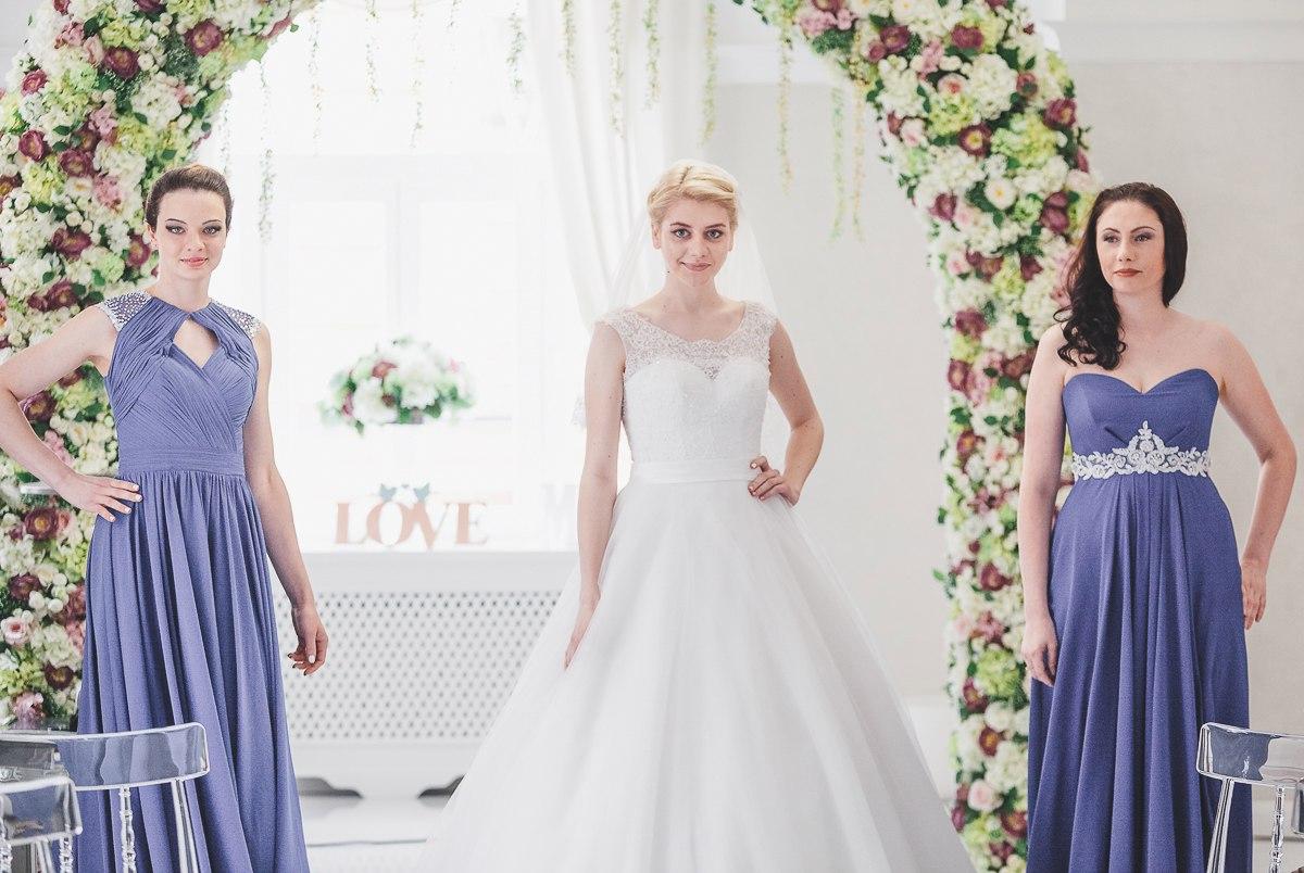 свадебные платья, свадебный образ, невеста, свадебная прическа, свадебный макияж, свадебный маникюр, пробный макияж, дружки, подружки невесты, свидетельницы, платье, образ невесты 2017, свадебные тренды, свадьба, свадебное платье,