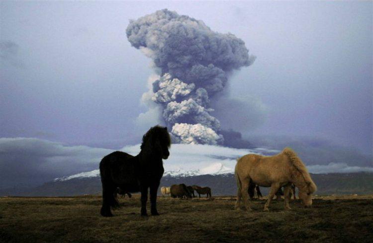 Вулкан Эйяфьятлайокудль, Извержения вулканов