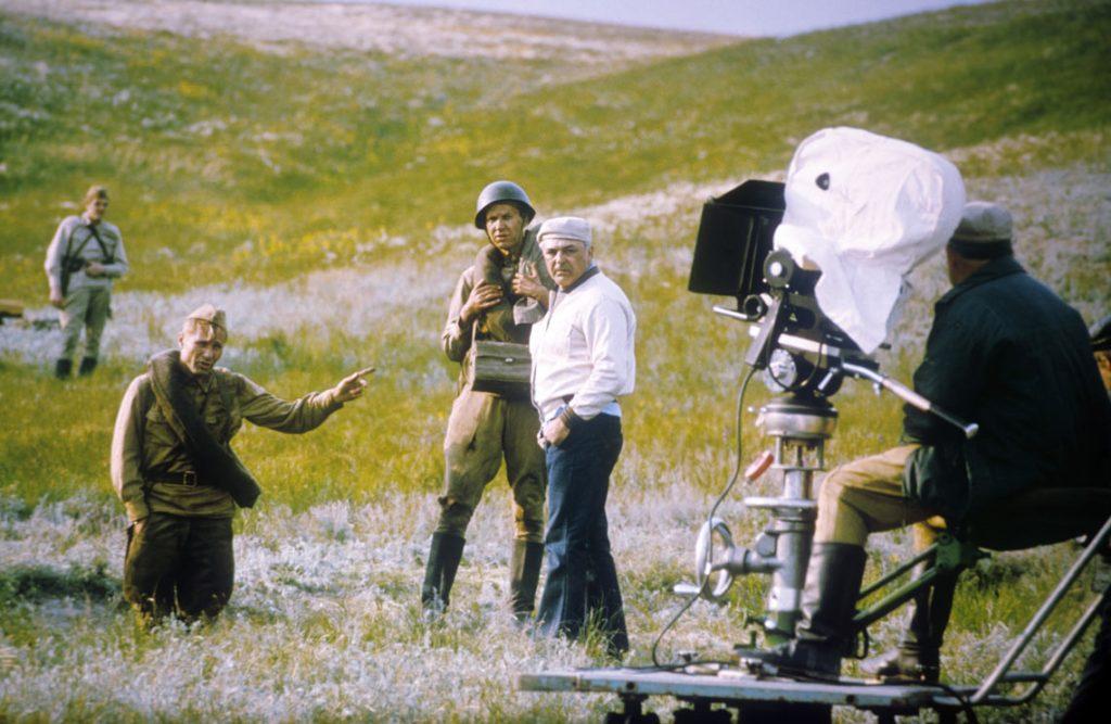 Василий Шукшин, кадр из фильма Они сражались за родину