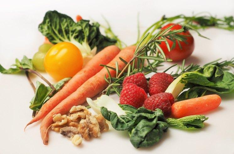 Правильное питание, здоровое питание, ЗОЖ, овощи, морковь, малина