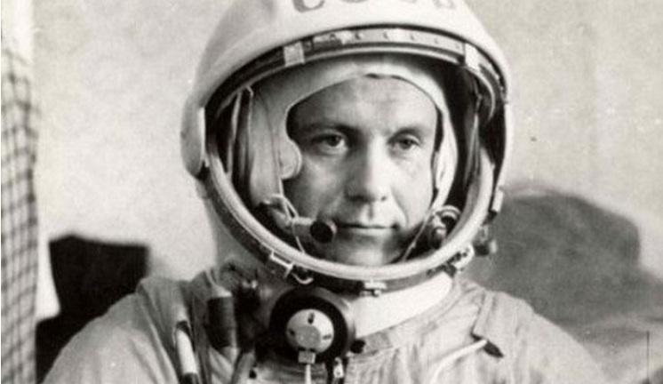 Павел Попович спел Вселенной. И первая песня в космосе была на украинском!