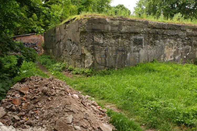 Подземелья в Украине, бункер, Ровно