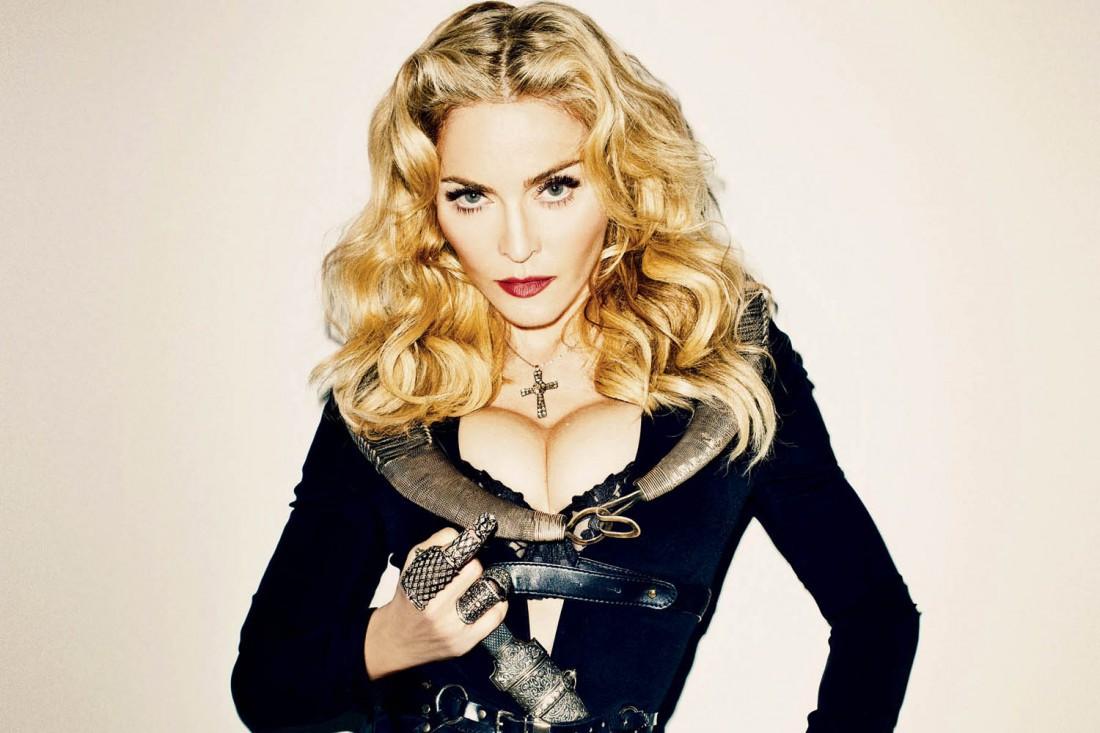 О, Мадонна! Как чудили ее фаны из Украины на концертах и аукционах
