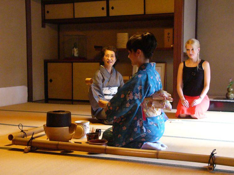 Фишки дня — 31 декабря, день прощального кипячения чайника в Японии