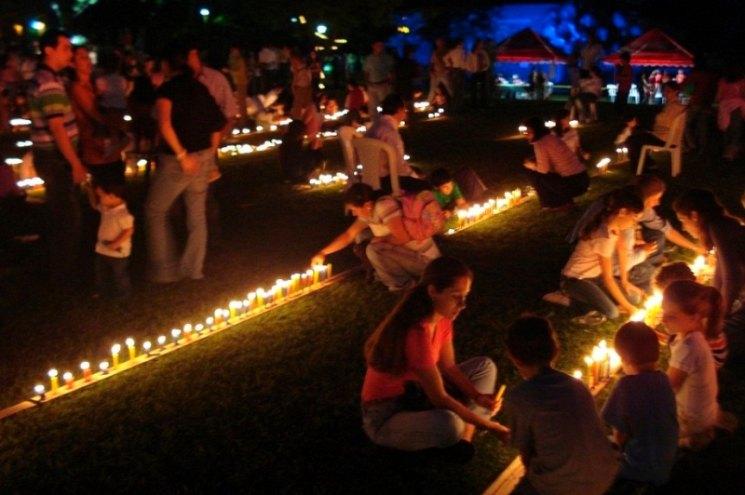 Фишки дня — 7 декабря, День маленьких свечек в Колумбии