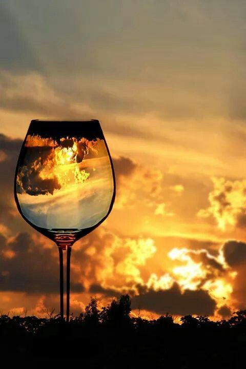Тринадцатый ангел, вино, закат, Иуда Искариот