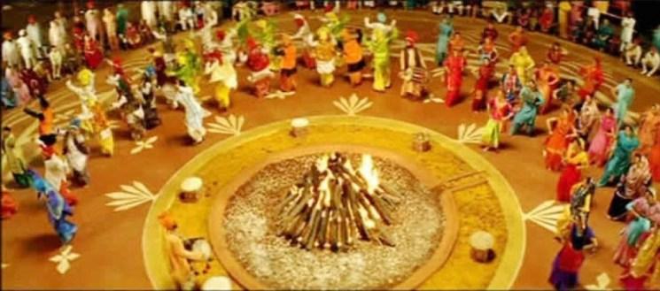 фишки дня - 13 января, Лори в Индии
