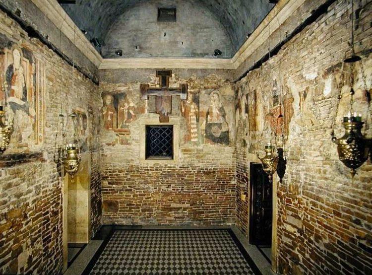 Иосиф Обручник, дом Святого семейства, Лорето, интерьер, Италия