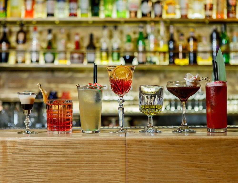 Рецепты коктейлей для журналистов – выпейте Дедлайн и Гонорар