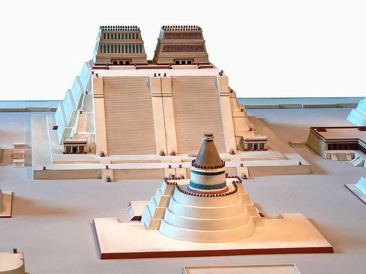 Новости археологии, Реконструкция храма Темпло Майор