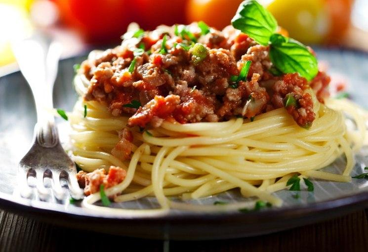 фишки дня - 4 января, день спагетти, спагетти, самые длинные спагетти