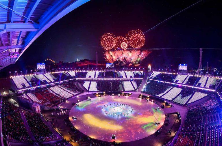 Олимпиада-2018, церемония закрытия, салют