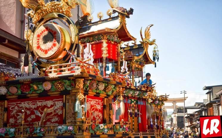 фишки дня - 14 апреля, Такаяма Мацури, праздники Японии