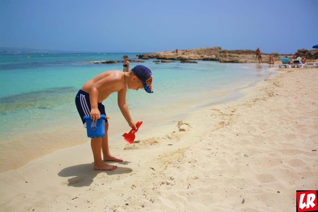 Едем на Кипр с детьми — идеальные пляжи и фруктовые фестивали