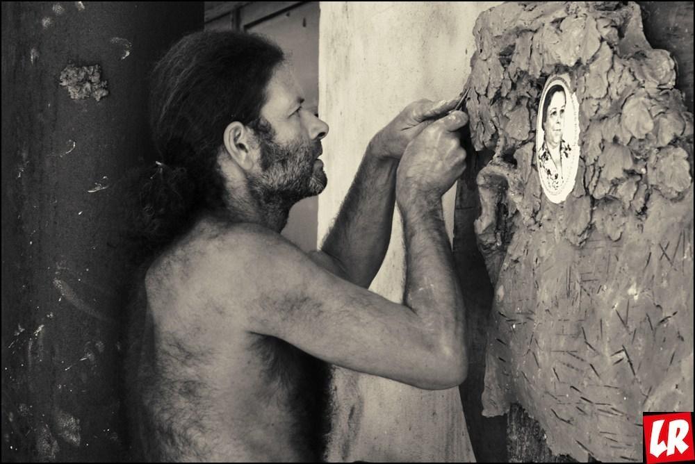 """Скульптор Борис Чак: """"Барьельефы женщин лепить сложнее, чем мужчин"""""""