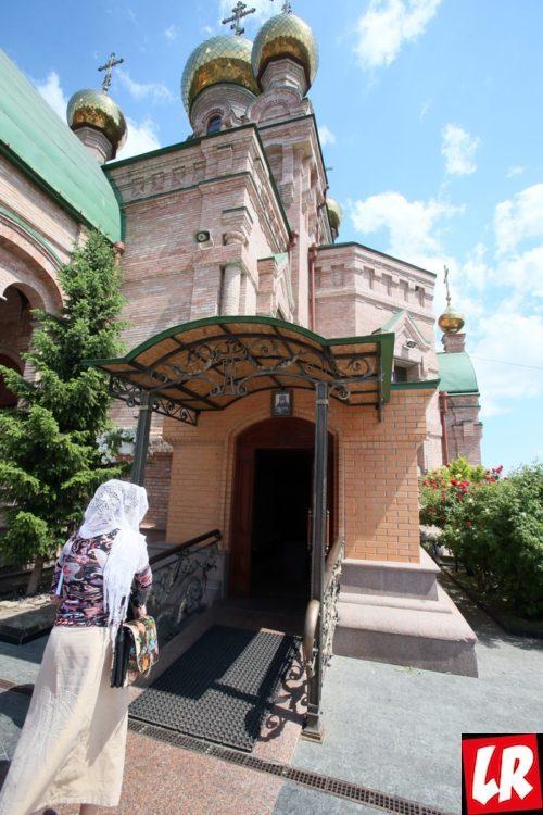 Голосеево, Голосеевский монастырь, Голосеевская пустынь, Алипия