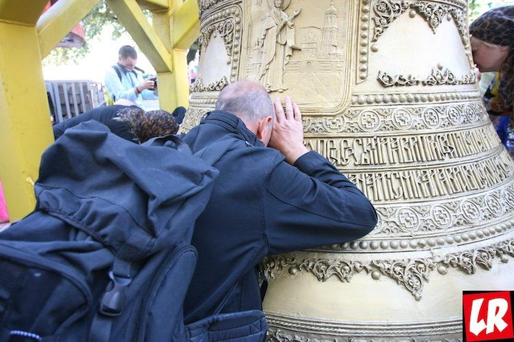 колокол киев колокольня Киево-Печерская лавра прихожане Онуфрий