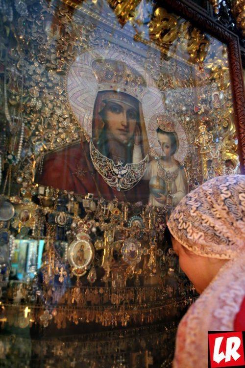 Введенский монастырь, история Введенского монастыря, чудотворная икона