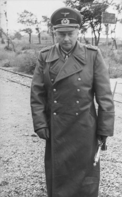 Ганс Гюнтер фон Динклаге