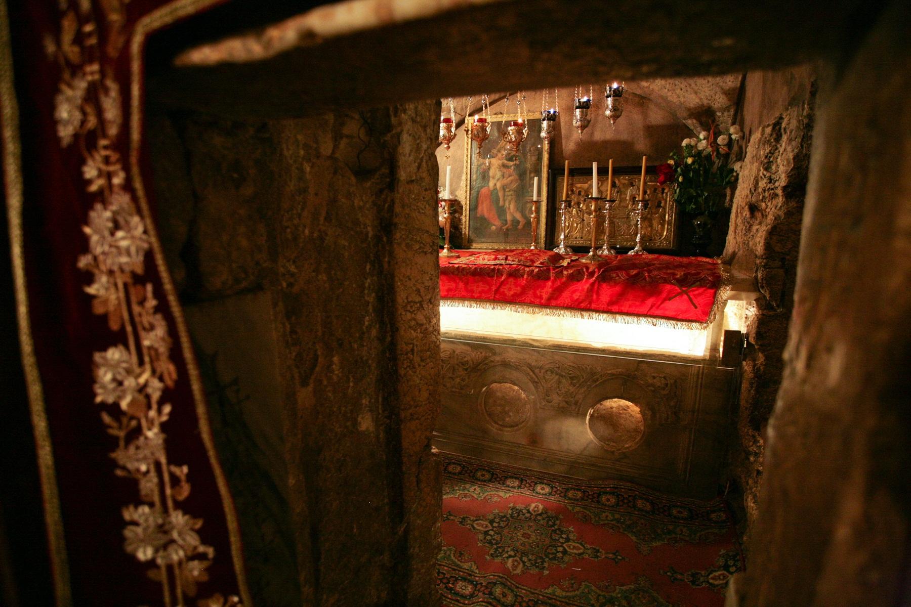 храм Богородицы в Гефсимании, кувуклия Богородицы, храм Успения Богородицы в Гефсимании