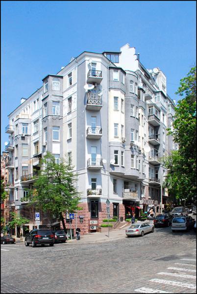 Дом Натальи Ужвий, Киев, Городецкого