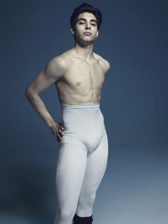 Сесар Корралес, балет
